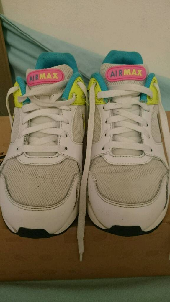 womens nike air max trainers size 7