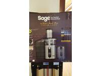 Sage by Heston Blumenthal Nutri juicer plus with box