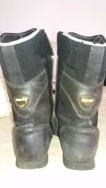 Dainese Goretex motorcycle boots - Size 9