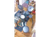 Roland TD-9 - V Tour Electronic Drum Kit