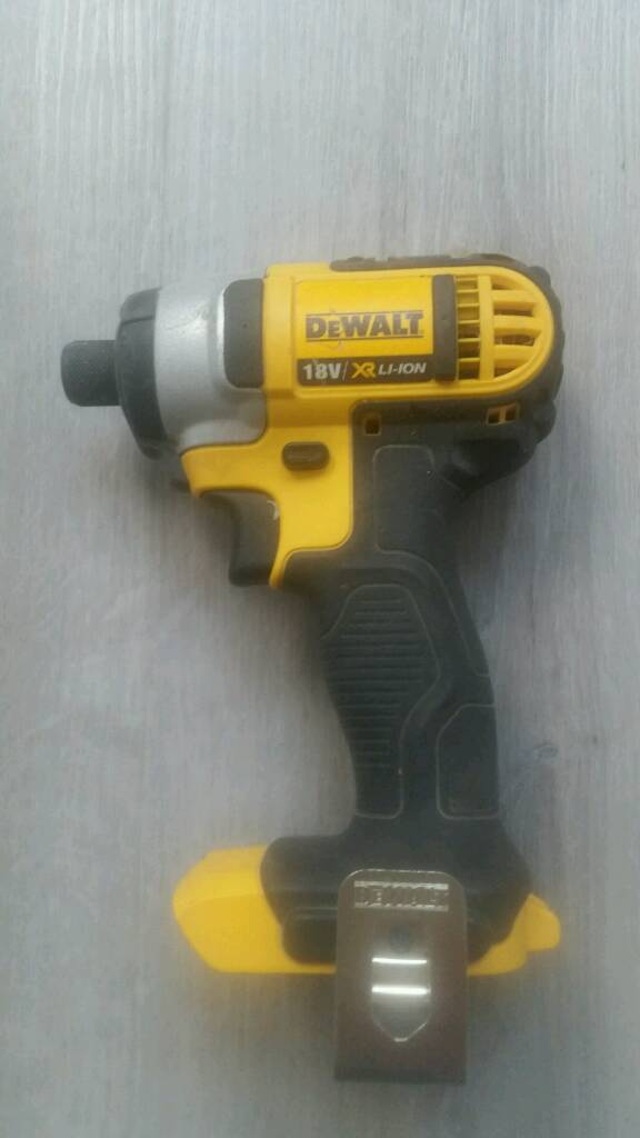 Dewalt DCF885 impact driver