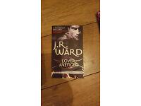 LOVER AVENGED - J.R WARD