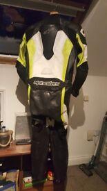 Alpinestars 'Challenger' Race Leathers (fluro,black and white)