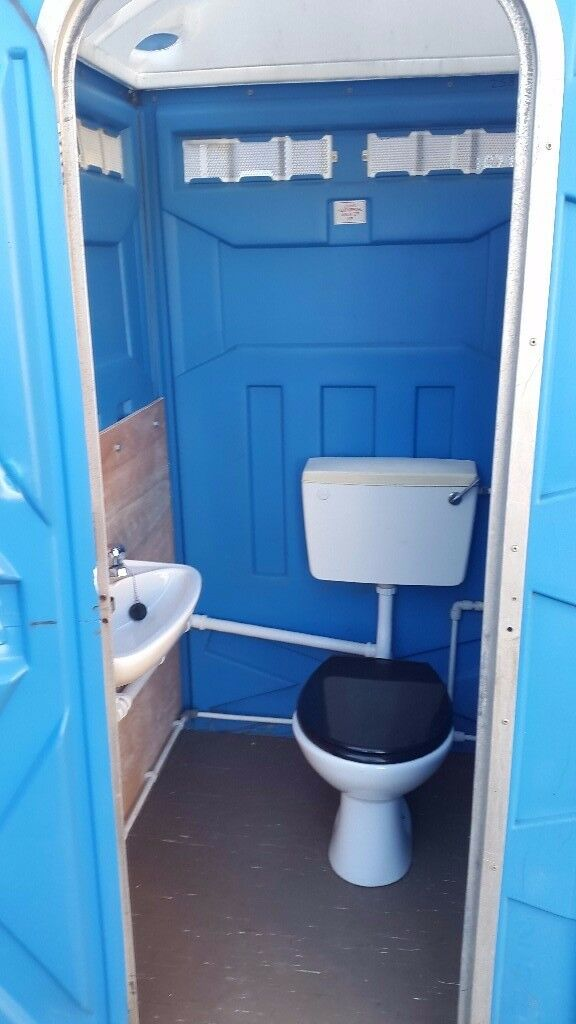 Portable Toilet with Sink