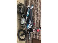Welsh x stomp 125 Pit bike