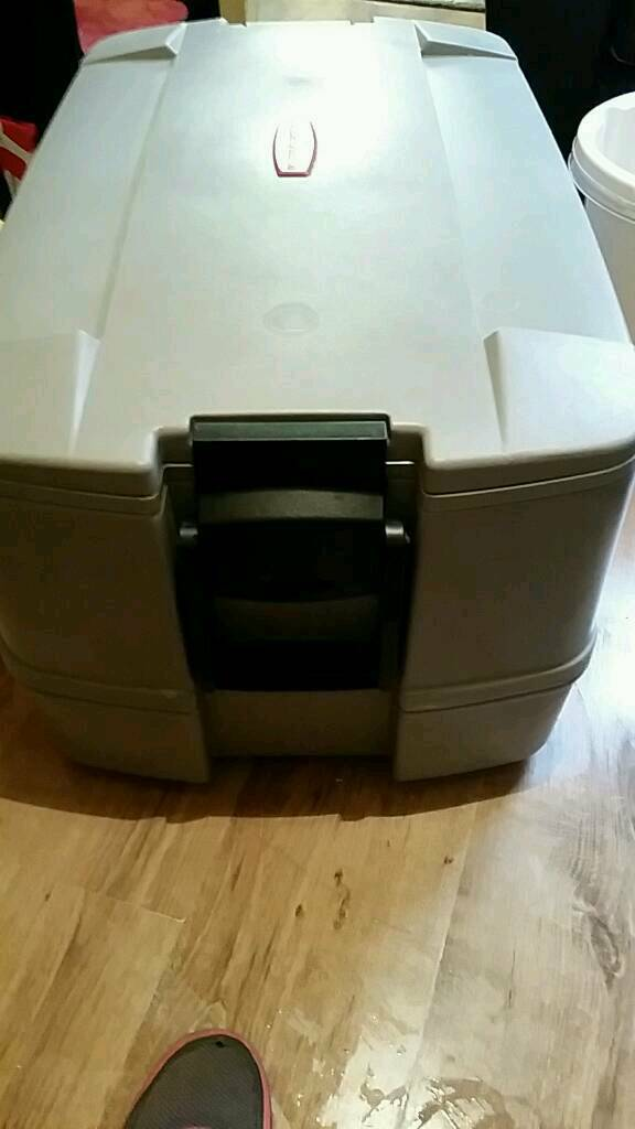 Very Large Cooler Box