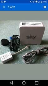White Sky wireless router, model SR101