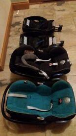 Maxi cosi car seat and base x2