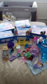 Large collection of zhu zhu pets