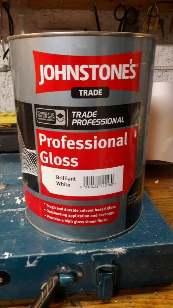 Johnstones brilliant white gloss