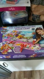 paw patrol giant electronic puzzle