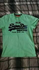 Superdry tshirt size xl mens.