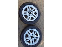2x Renault Clio Mk3 Alloy Wheels with good 185/60/15 tyres