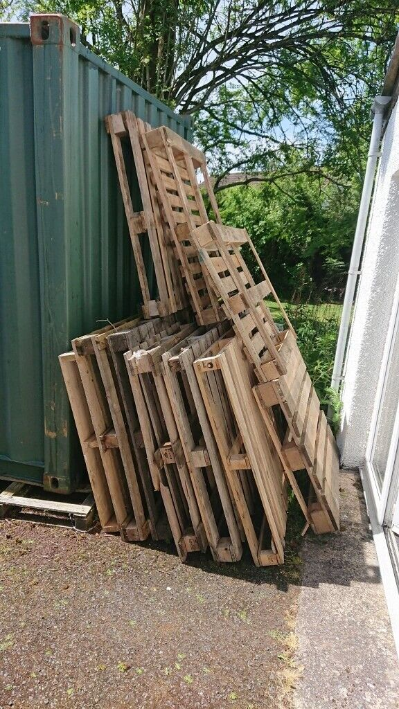 Wooden Pallets - FREE   in Dunblane, Stirling   Gumtree