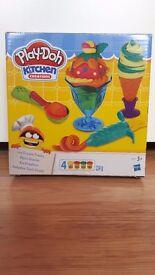 Brand New Play Doh Kitchen Creations Ice Cream Treats