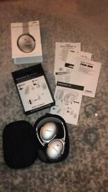 Bose QuietComfort QC35 ii Active Noice Cancelling Bluetooth Headphones