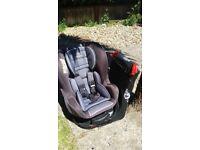 Safe system swivel car seat birth-1 years