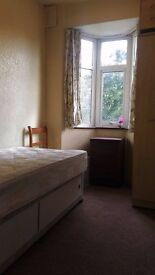 AFFORDABLE SINGLE ROOM LOCATED IN TURNPIKE LANE, ALL BILLS INCLUDED FREE WIFI, N17