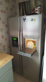 LG American Fridge Freezer used but in good working condition,perfect for a large family