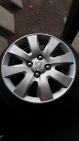 Peugeot wheel trims