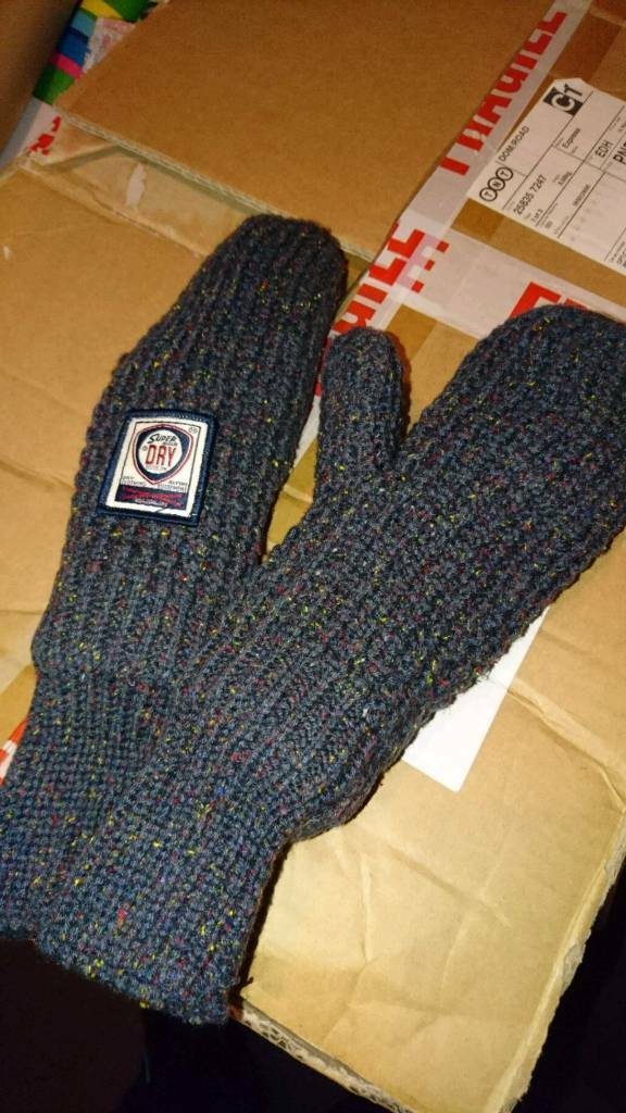 The Real Superdry Gloves / Mittens
