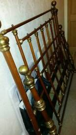 Gorgeous solid brass & wood kingsize bed frame.