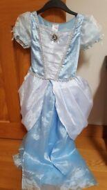 Beautiful Cinderella dress Disney store age 9-10 yrs