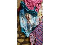 Bundle of girls clothes in size 7-8 years