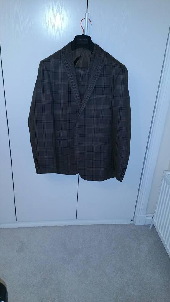 Gents 3 Piece Suit