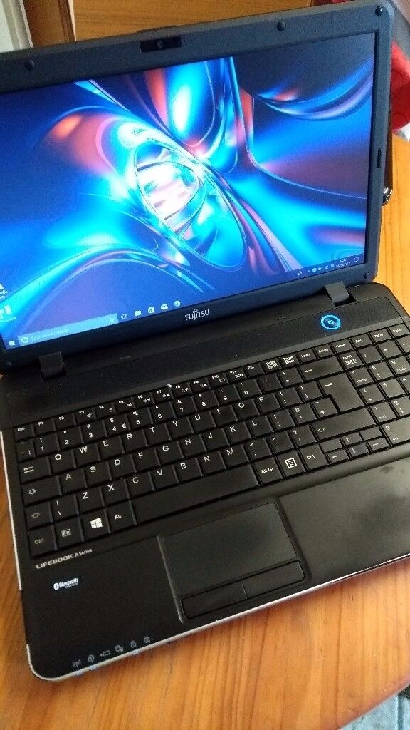 Fujitsu Lifebook Laptop PC with Solid State Drive (Very Fast) With Office
