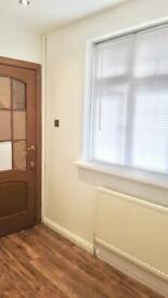 RENT Single Room just off FORE STREET N18