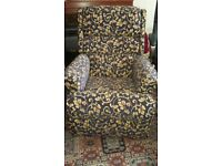 Rise and Recline Electric Chair and matching manual recliner