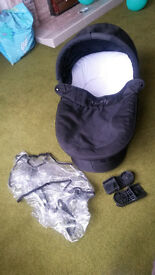 iCandy Cherry carrycot, raincover & car seat adaptors