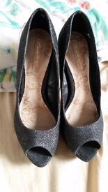 Ladies size 5 Next shoes