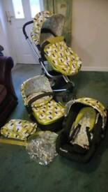 Cossatto giggle Pram and travel system