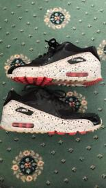 Limited edition Air Max 90 size 6