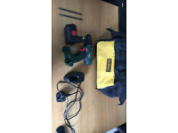 BOSCH Cordless battery drill & charger.