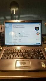Laptop HP Compaq Presario F700