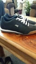 Mens size 6 trainers