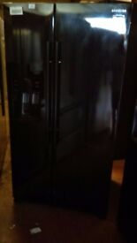 SAMSUNG black American fridge freezer, with water and ice dispenser, new Ex display