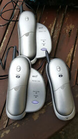 BT Quartet 1100 cordless phones x3