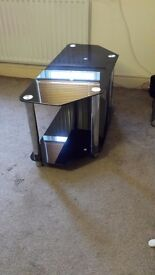 GLASS TV STAND CHROME AND BLACK FOR SALE IN EXCELLENT CONDITION