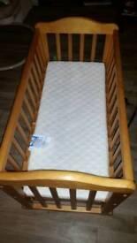 Swinging gliding cradle crib