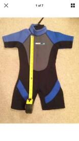 "Wetsuit kids 24"" chest"