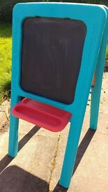 ELC double sided sturdy easel in good condition