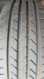 235/45/19 goodyear efficientgrip runflat x1