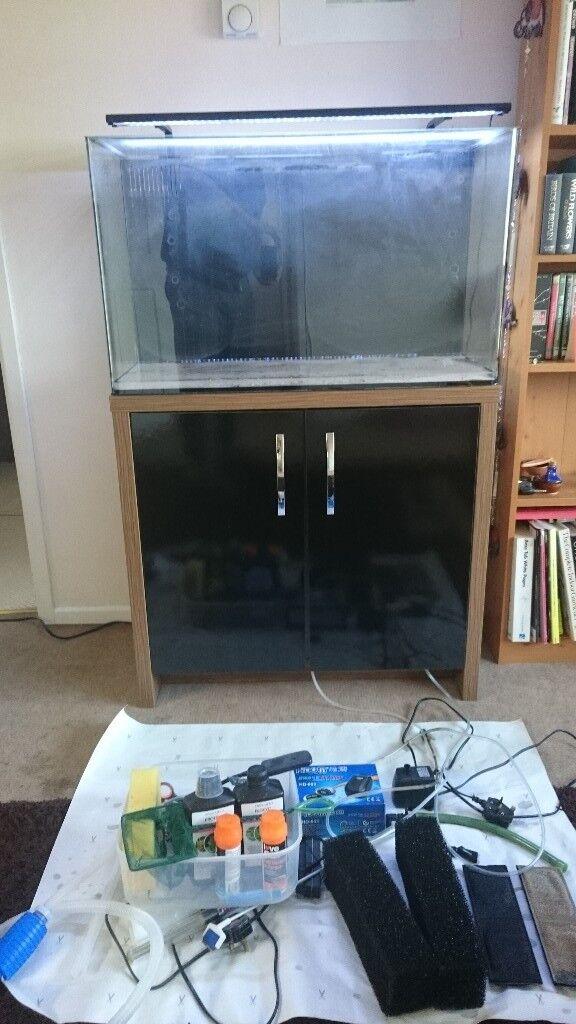 130 L fish tank for sale