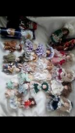24 porcelain dolls 2-7inches tall £15 the lot