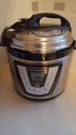 Slow cooker brilliant condition
