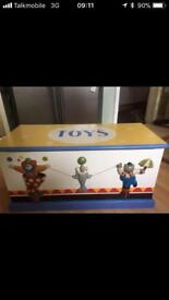 Gorgeous toybox